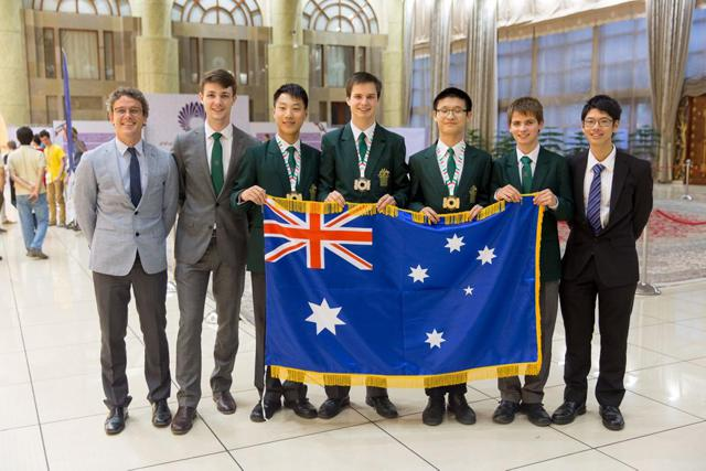 UQ maths researcher committed to enrichment programs for high school